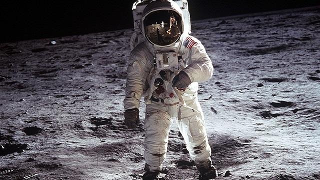 「月面着陸」の画像検索結果